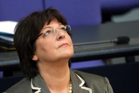 Stop Schmidt, stop! Ulla Schmidt im Passiv-Bewegungsrausch